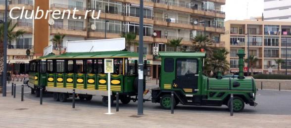 конечная остановка на площади Colon, рядом с отелем Solymar и детским парком аттракционов