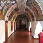 Галерея в монастыре Киккос