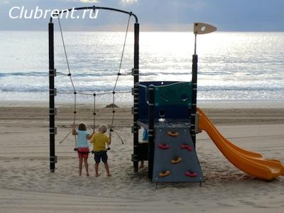 детская площадка для младших детей