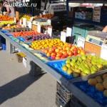ряды с фруктами